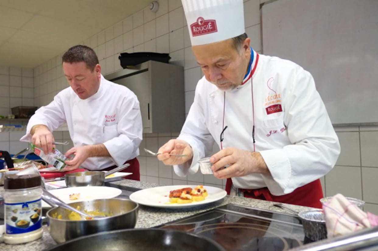 Euralis chefs cooking desserts